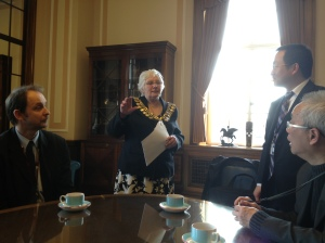 Lord Mayor of Barnsley with Barnsley College's Chinese visitors